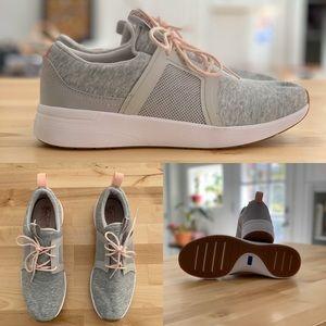 Keds DreamFoam tennis shoes size 7.5